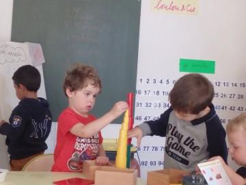 Ateliers Montessori en PS-MS